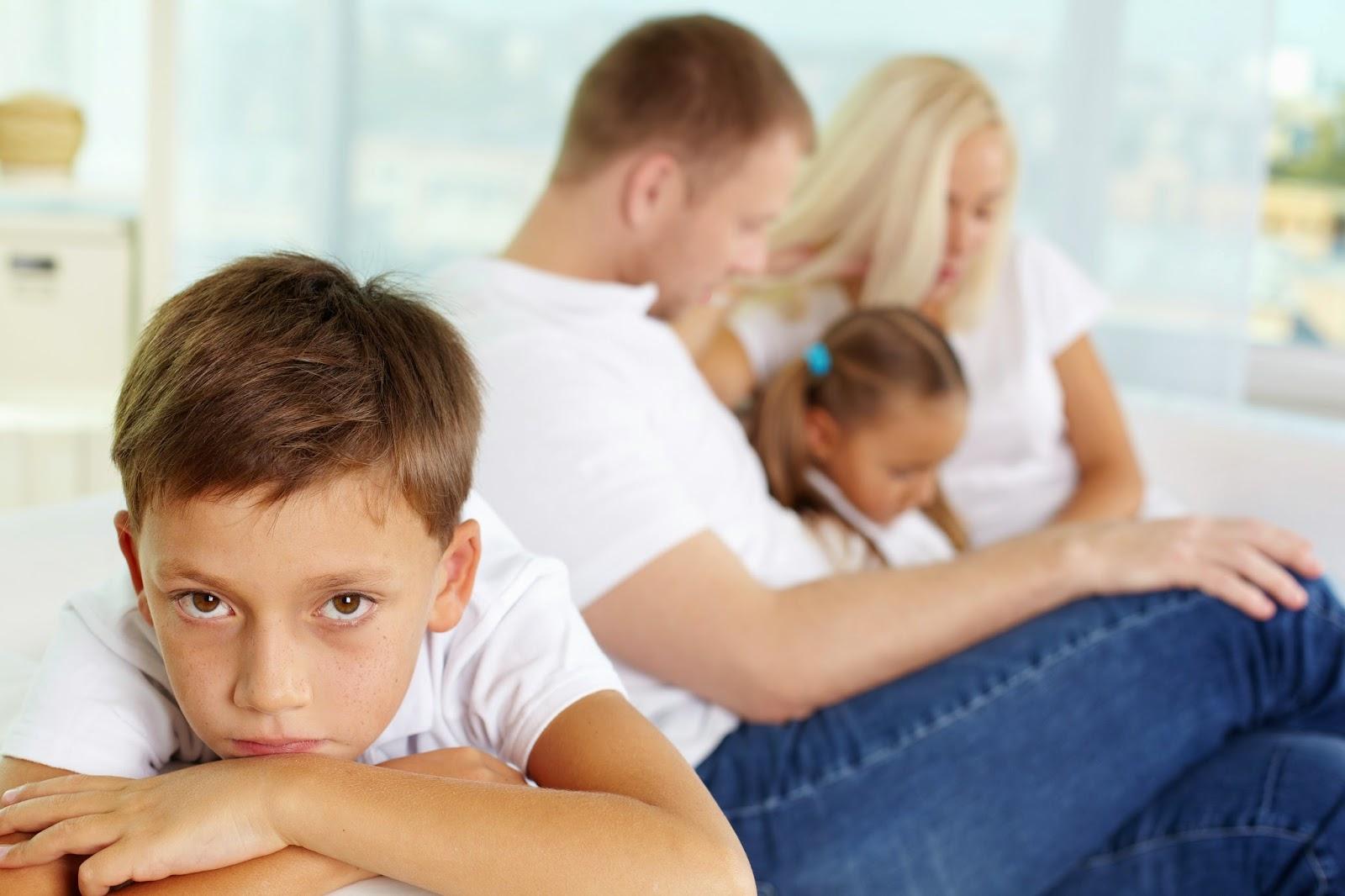 Tips Mengurangkan Rasa Cemburu Si Abang & Si Kakak