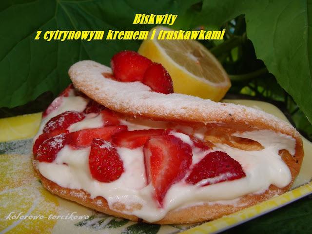 Biskwity z kremem cytrynowym i owocami