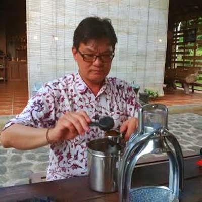 Setiawan Subekti, tester kopi internasional asal Banyuwangi.