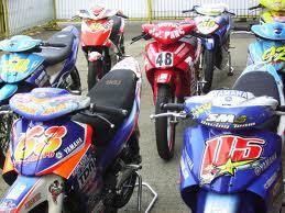 beda genk motor dan club motor