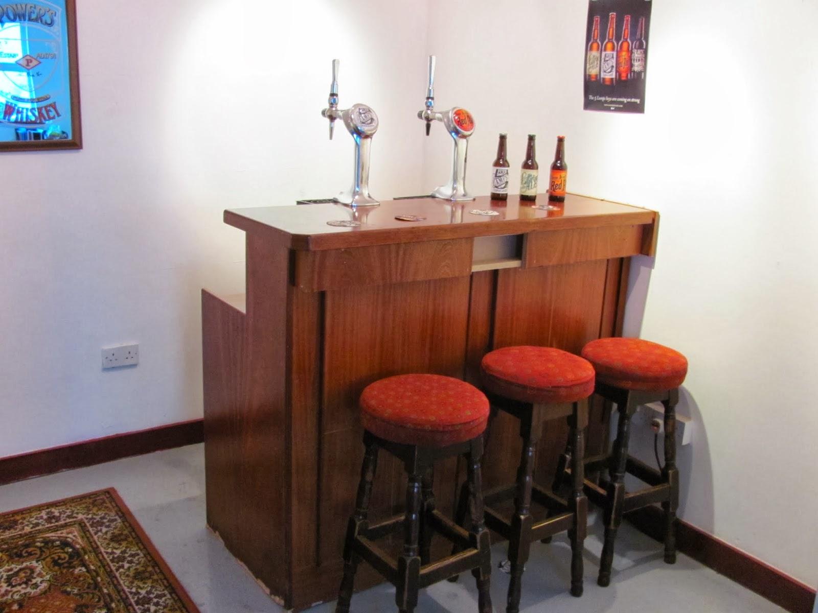 Tasting Room Bar at 5 Lamps Dublin Brewery