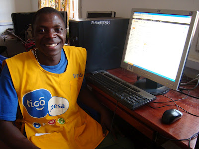 Tigo sales crew learns new social media skills and sells more internet packages