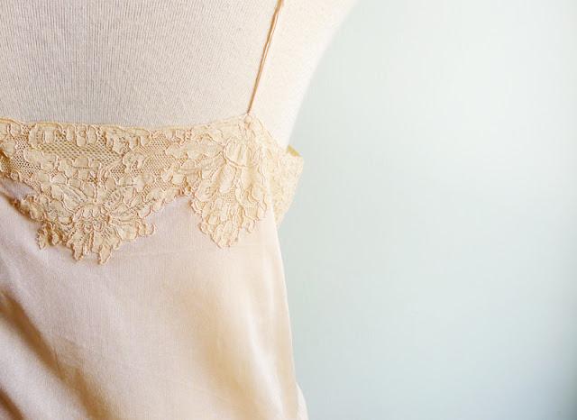 vintage 30's lace silk slip