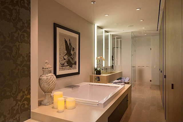 Narrow modern bathroom in the Modern Townhouse With Loft Design