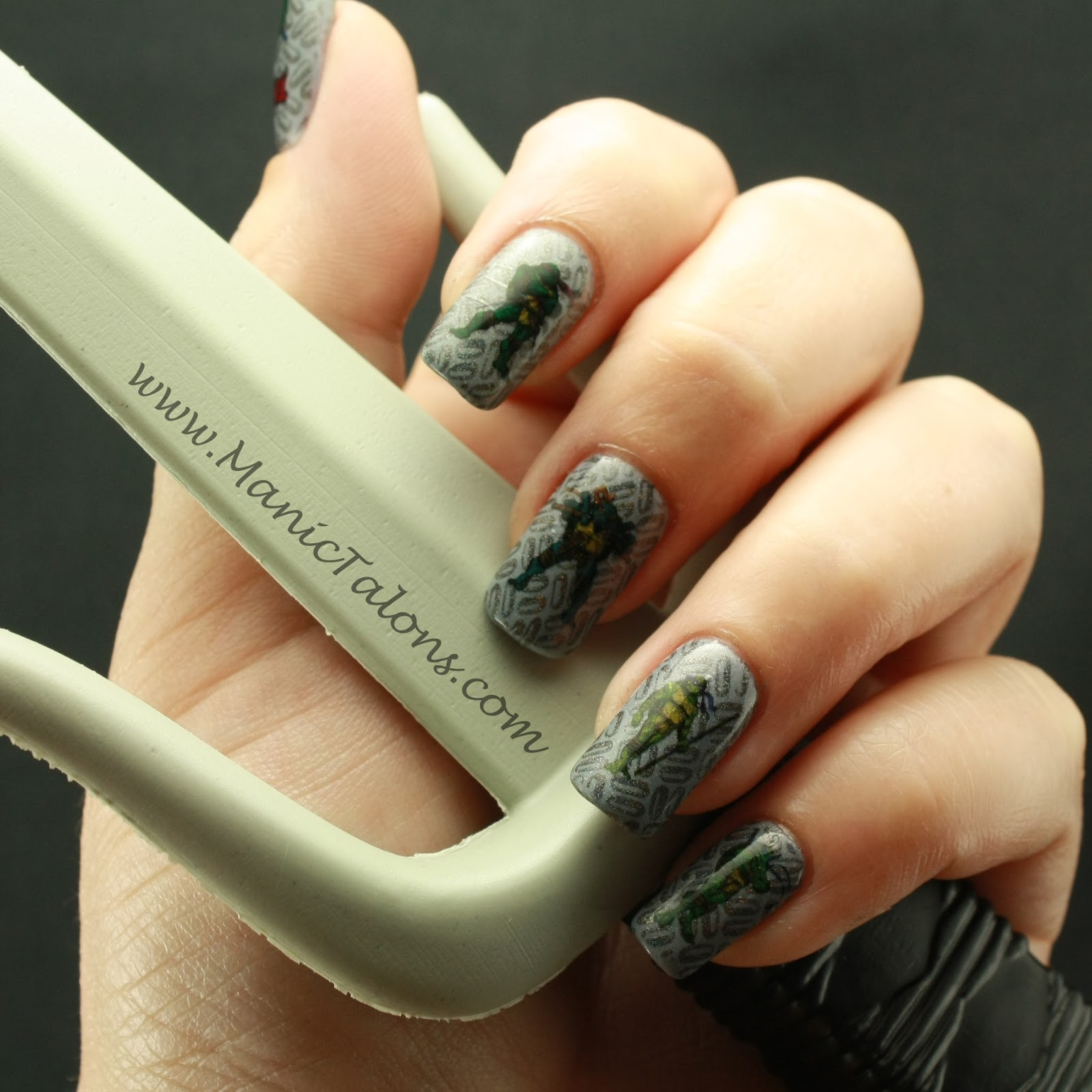 Manic Talons Nail Design: Weekly Mani: Racking up the Mommy Points ...