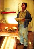 Un artesano Kaweshqar