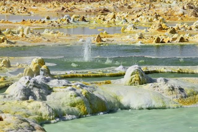 Dallol - The World's Weirdest Volcanic Place | The World ...