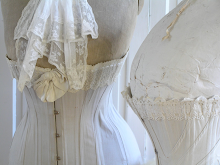 Detail corsets