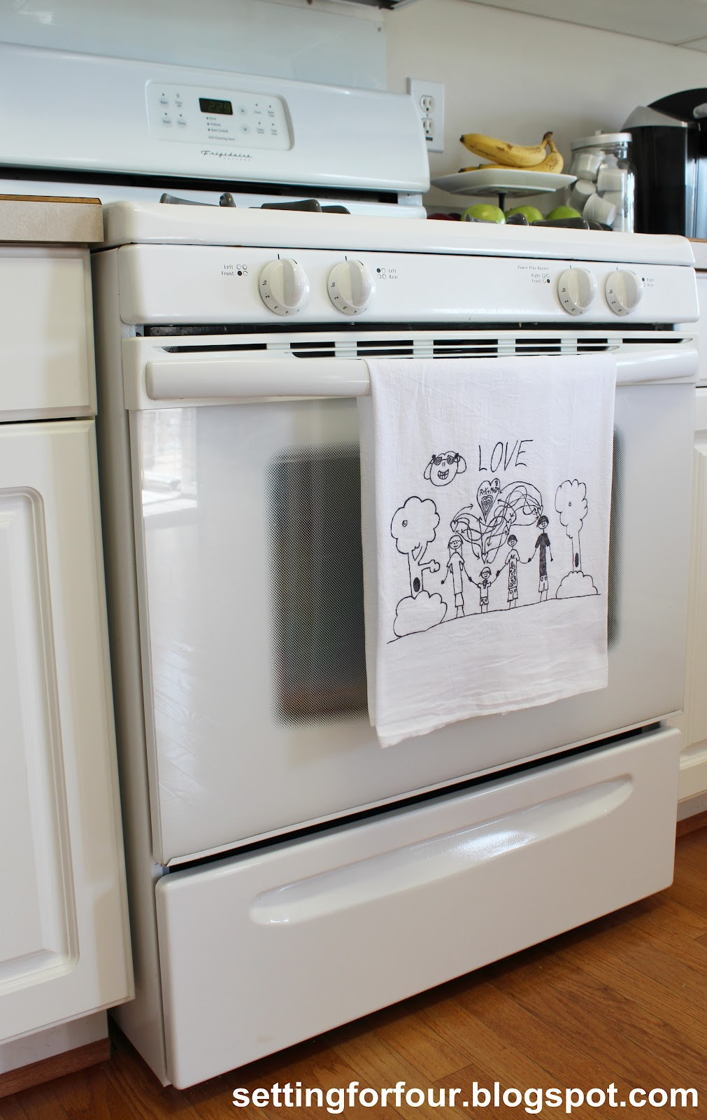 Gift For Kitchen Tea Turn Childrens Art Into Tea Towels Guest Post Mom 4 Real