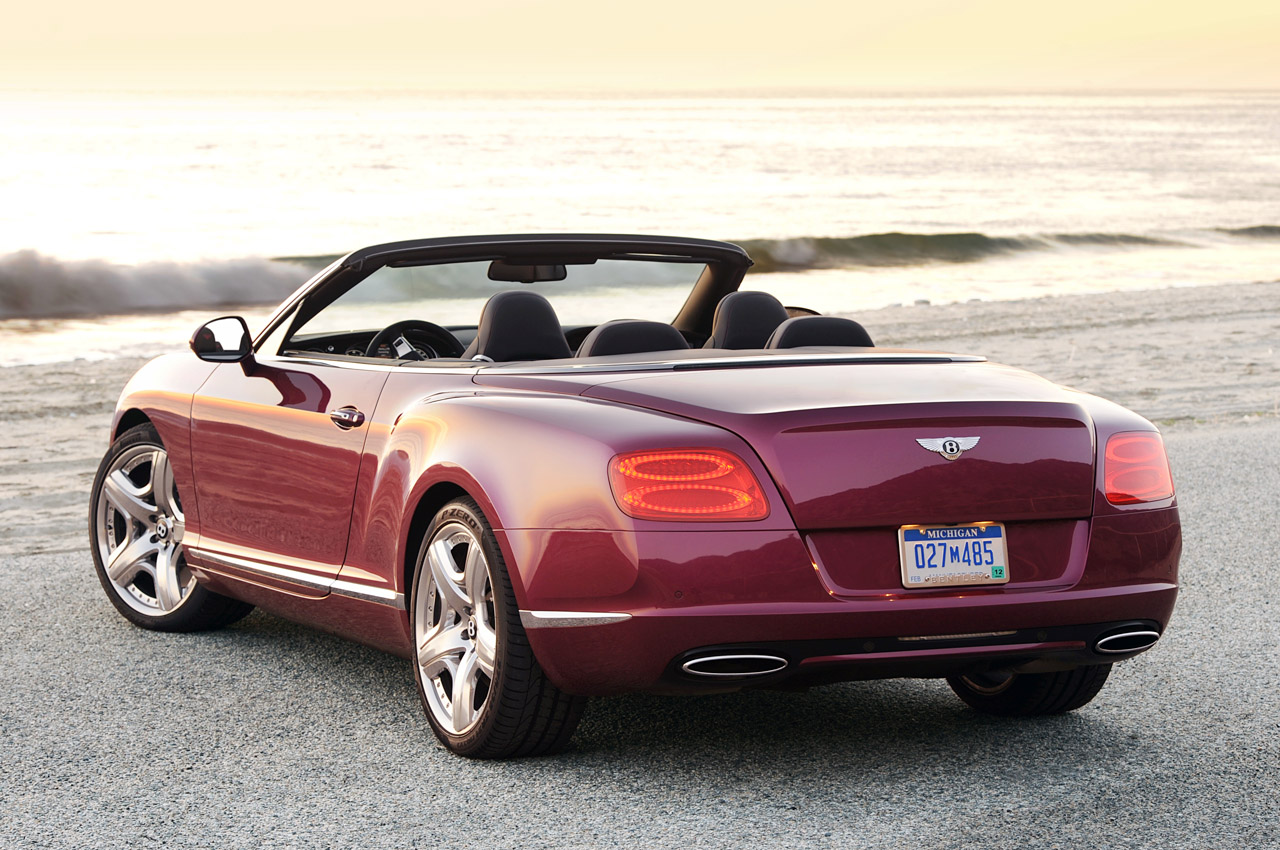 bitty so hot 2012 bentley continental gtc. Black Bedroom Furniture Sets. Home Design Ideas