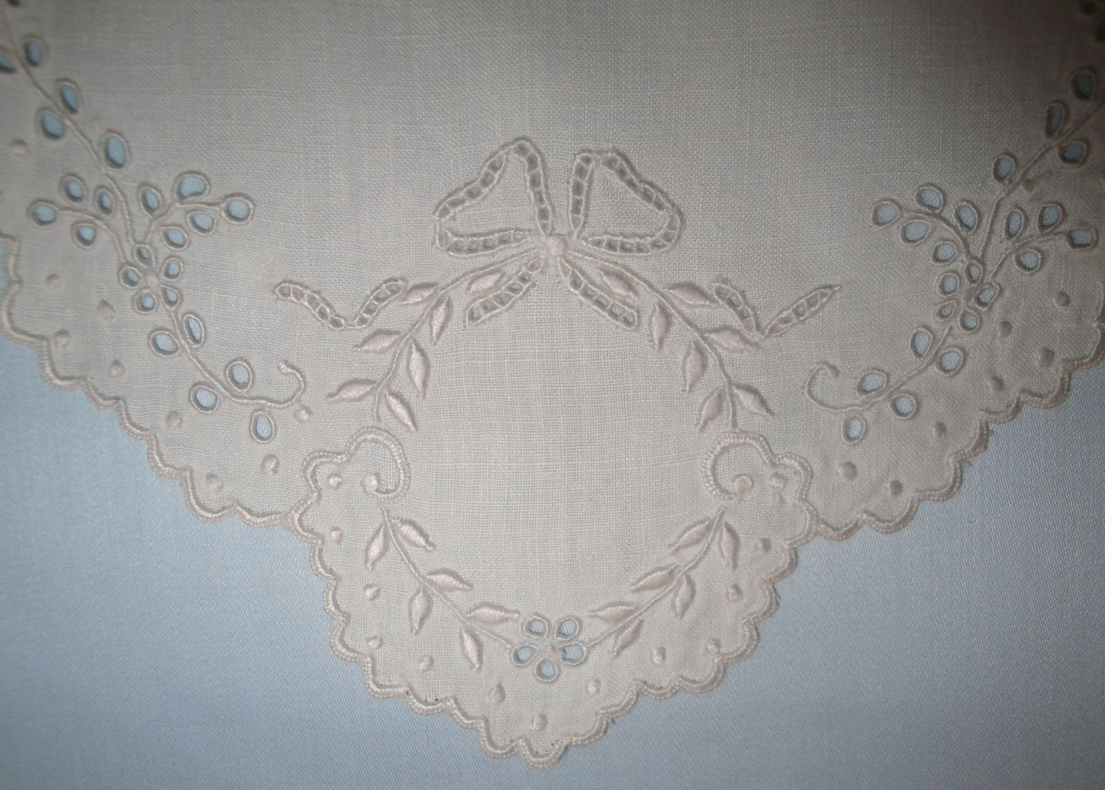 Vaune's Sewing Room: Whitework Wednesday