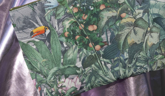 HM Conscious, jungle, print, clutch