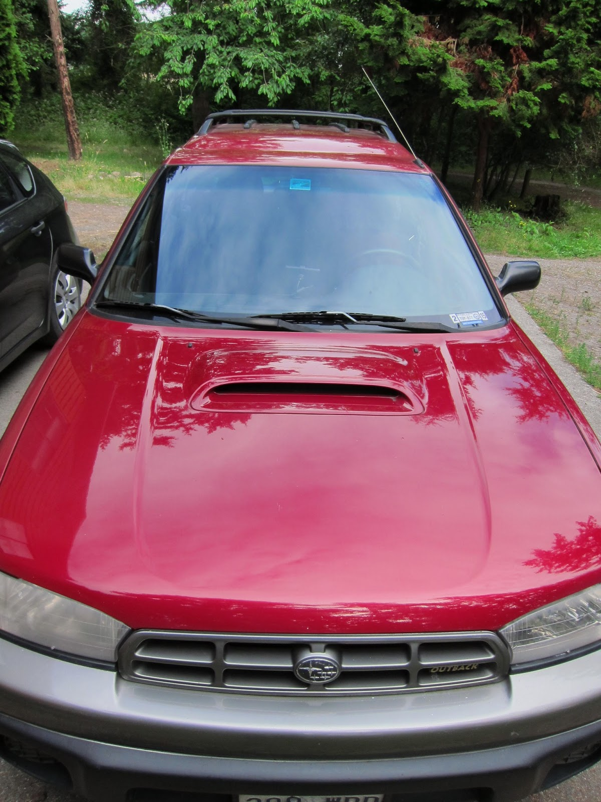 Red Crow Gear Dual Battery System In A 1998 Subaru Legacy Outback Limited