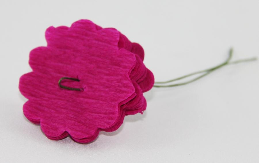 Carnation crepe paper flower tutorial jinkys crafts carnation crepe paper flower tutorial mightylinksfo