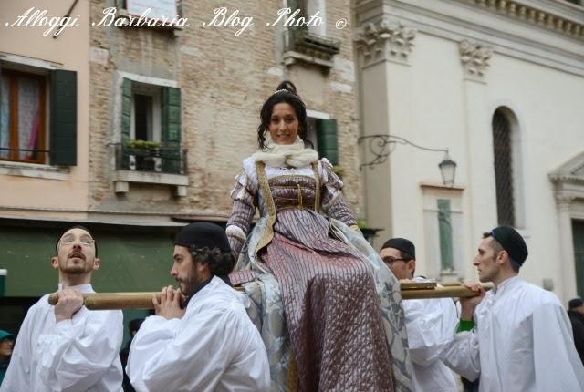 Maria in portantina