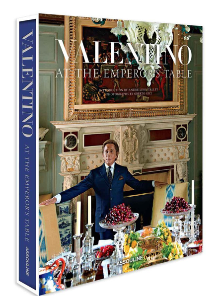 Valentino-At-The-Emporers-Table