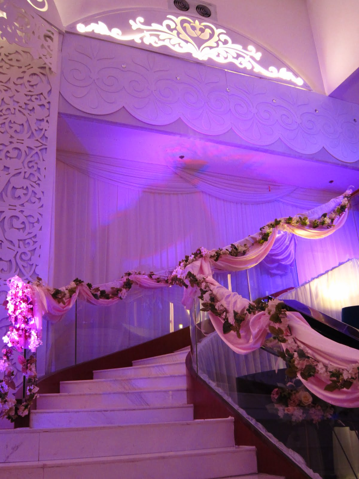 Decorate my wedding romantic decoration wishahmon wedding creations november 2011 junglespirit Images