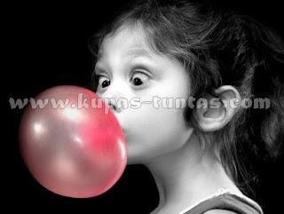Membuat Balon Dengan Permen Karet - [www.kupas-tuntas.com]