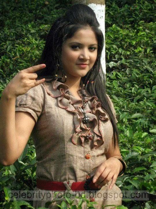 Urmila%2BSrabonti%2BKar%2BBangladeshi%2Bmodel%2BActress%2BPhotos014