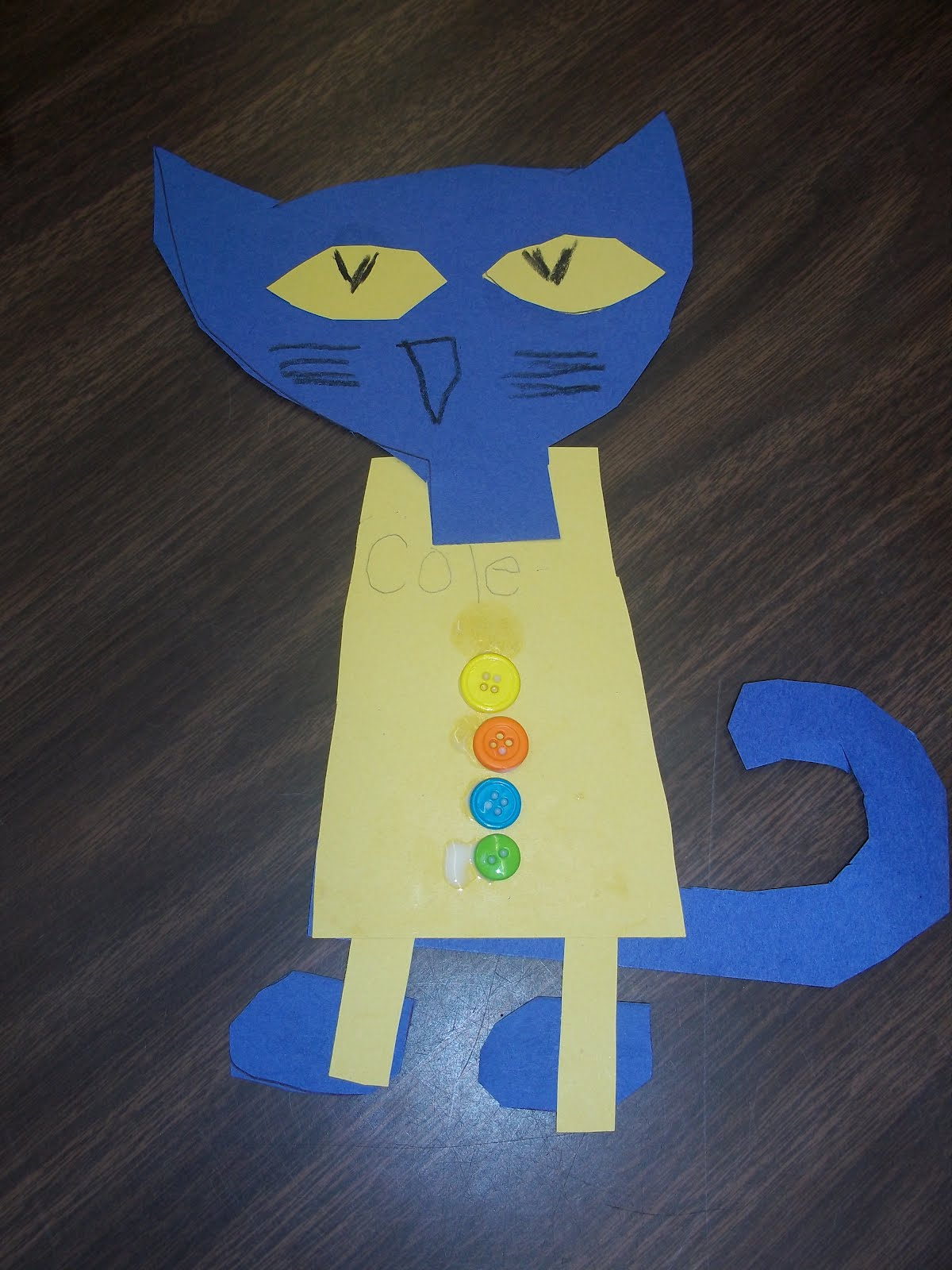 Hooray for kindergarten pete the cat and his four groovy for Cat art and craft