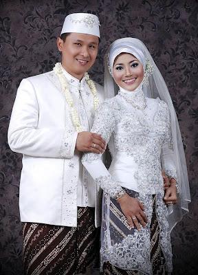 Contoh Model Kebaya Bali Brokat - Situs Informasi Pasar