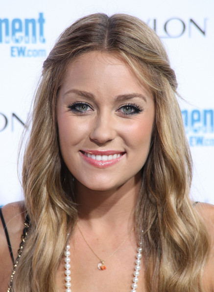 Top 20 Hollywood Celebrities Fashionable Blonde Hairstyles - Lauren Conrad