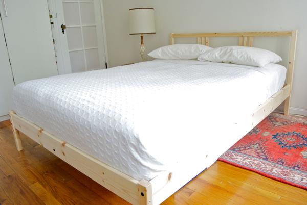 Polsterbett zum Selbermachen - gesundes Schlafen im eigens gepolsterten Bett