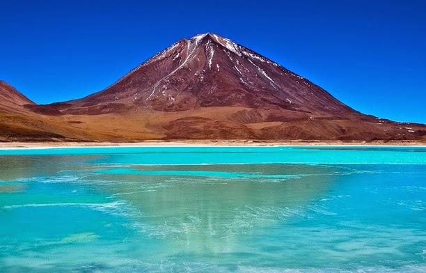 20 destinos turísticos de Latinoamérica - Laguna Verde: Bolivia