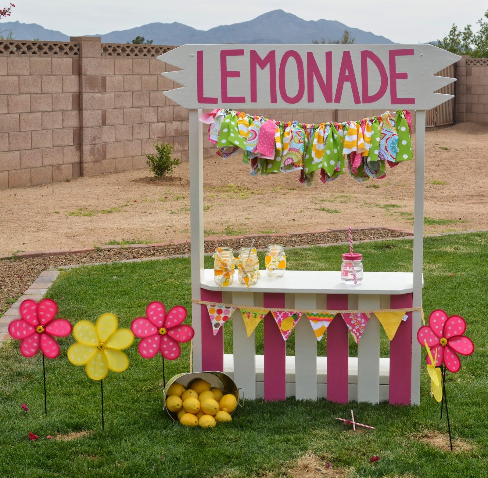 Lemonade Stand Designs : Pamela renee designs pink lemonade themed birthday party