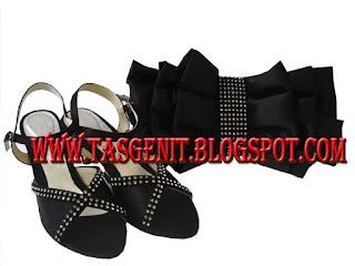 tas pesta hitam sandal pesta wanita