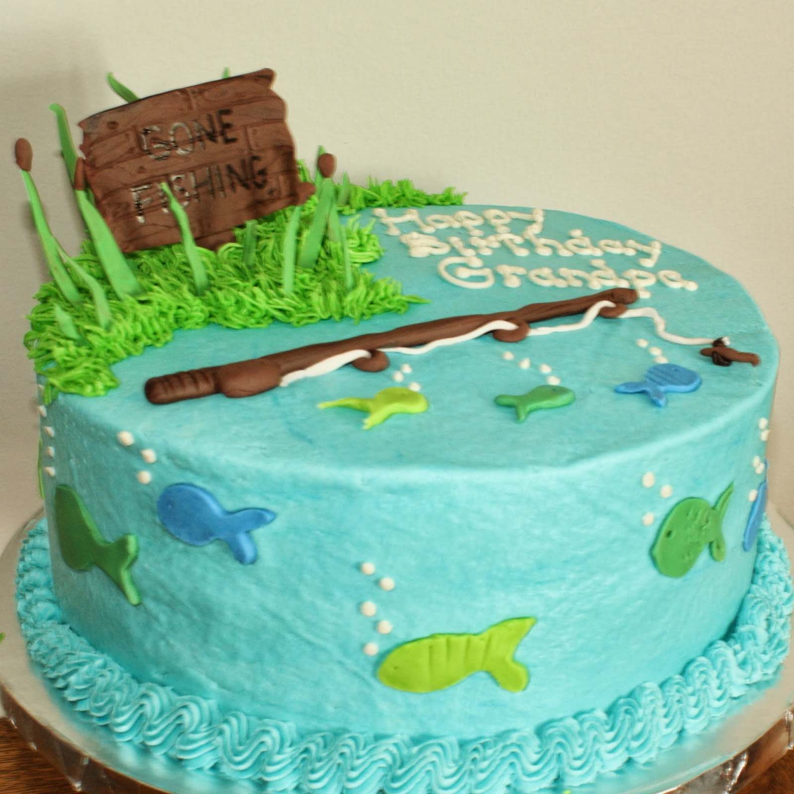 Kake gone fishing cake for Fishing themed cakes