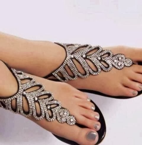 Black Sandle With Silver Stone