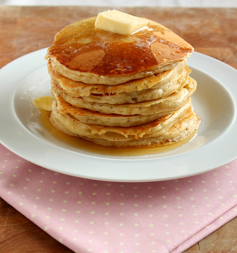 Vanilla Clouds and Lemon Drops: Buttermilk Pancakes