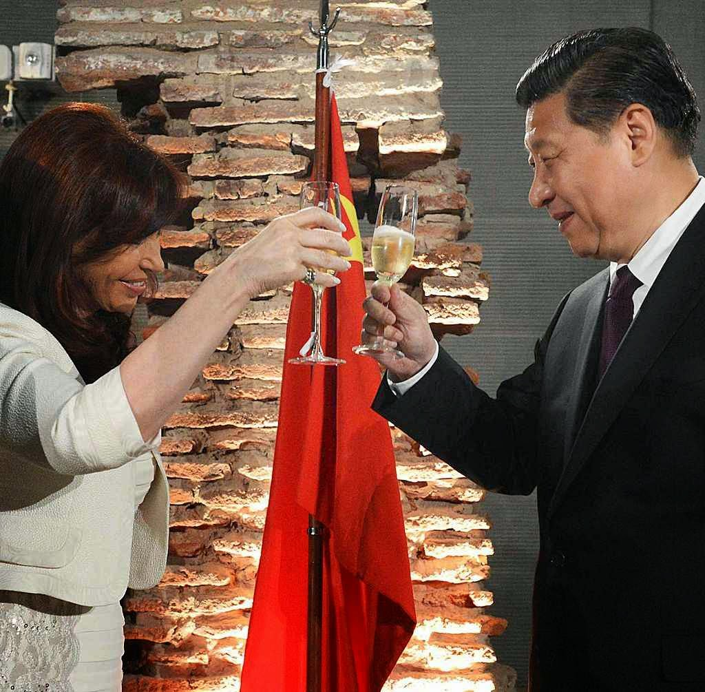 Nacionalismo populista argentino aliado do comunismo chinês