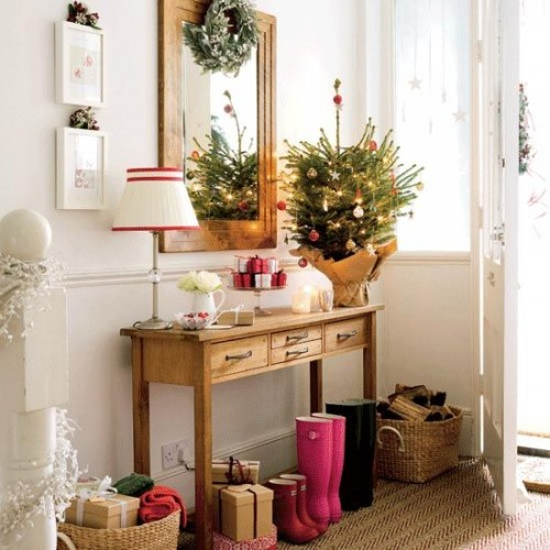 Fascinating articles and cool stuff awesome christmas for Pictures of indoor christmas decorations