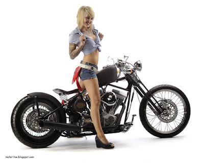 moto-bobber-mujeres-hot
