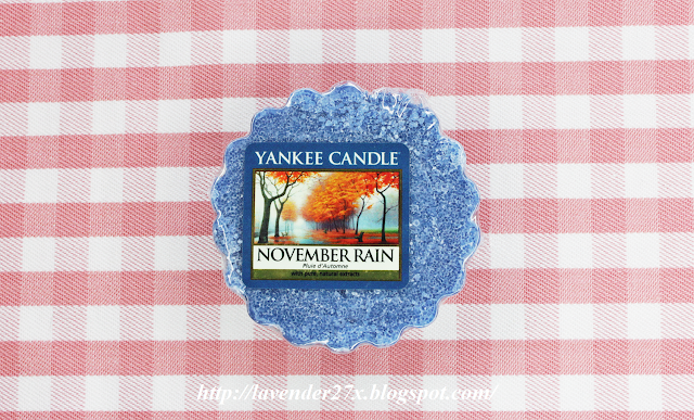 http://lavender27x.blogspot.com/2013/10/pachnido-yankee-candle-november-rain.html