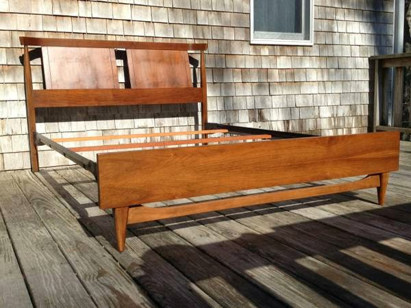 Fabulous Mid Century Modern Kent Coffey full bed mint condition Falmouth http boston craigslist org sob fuo html