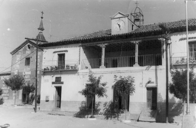 Torrijos y su comarca santa cruz del retamar otro for Muebles santa cruz de retamar