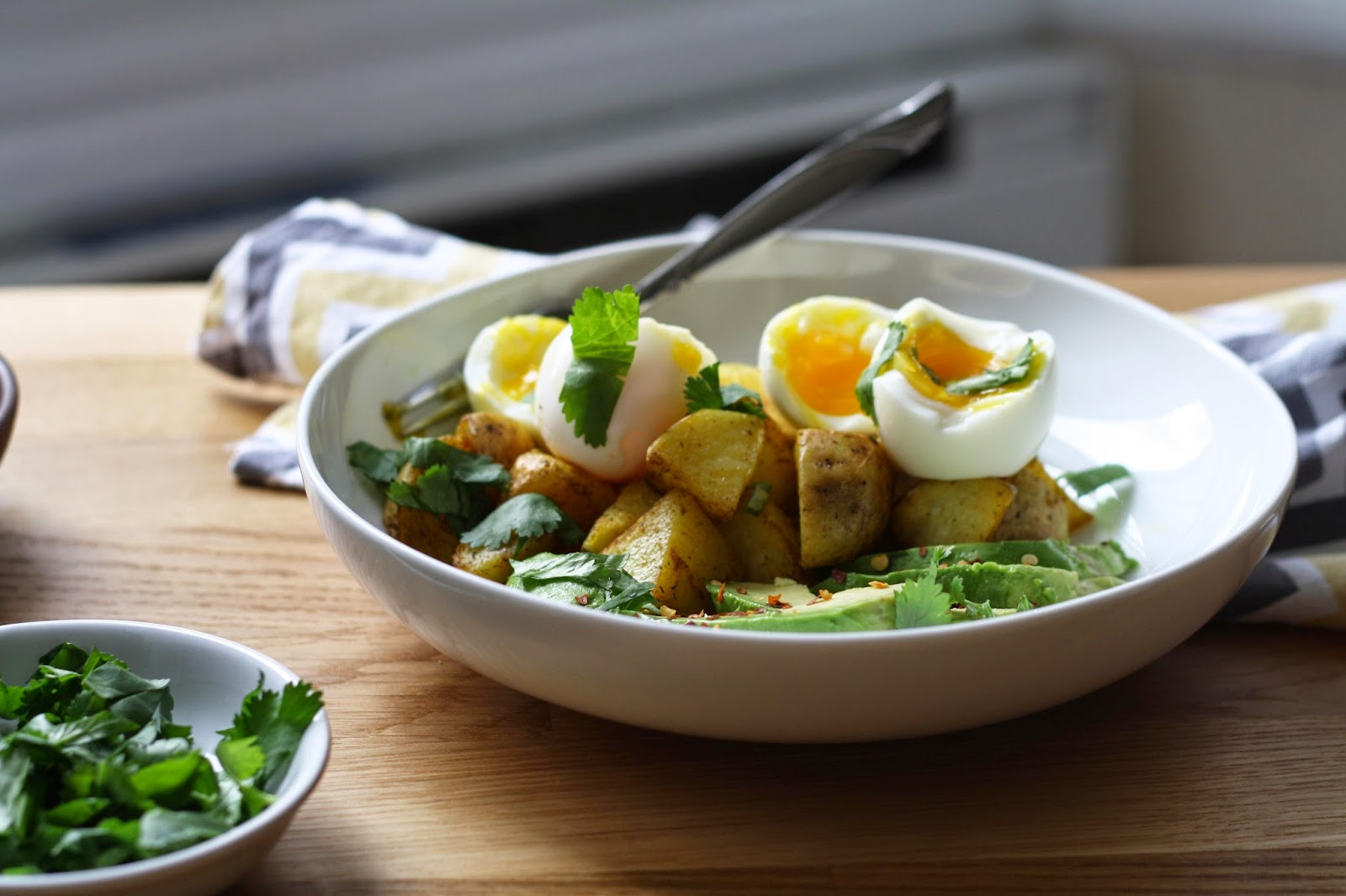 Breakfast Bowls with Potatoes, Avocado and Soft Boiled Eggs // sevengrams