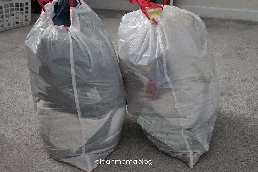 http://www.cleanmama.net/2013/04/spring-cleaning-my-closets-the-spring-cleaning-challenge.html?_szp=278653