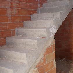 El maestro de obras xavier valderas construcci n de escaleras - Normativa barandillas exteriores ...