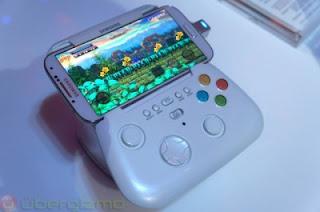 Samsung Juga Pamerkan GamePad di Peluncuran Galaxy S 4