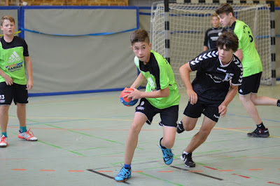 https://www.flickr.com/photos/sf09_puderbach_handball/sets/72157658876801632/