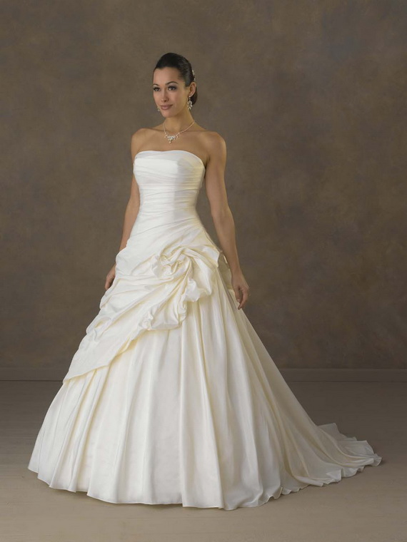 Why Are All Wedding Dresses Strapless 72