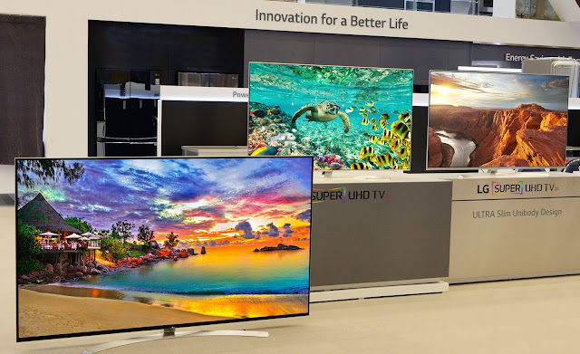 LG UHD TVs at CES 2016