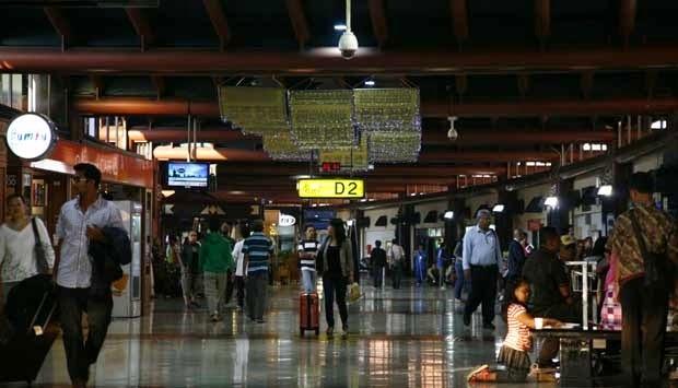 Loket Tiket Pesawat Di Bandara Soekarno-Hatta Ditiadakan