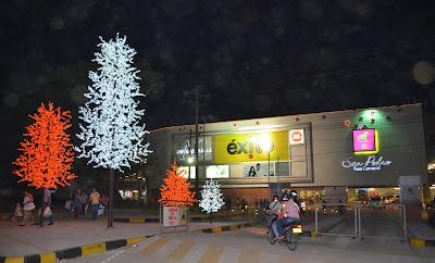 Alumbrado navideño en San Pedro Plaza