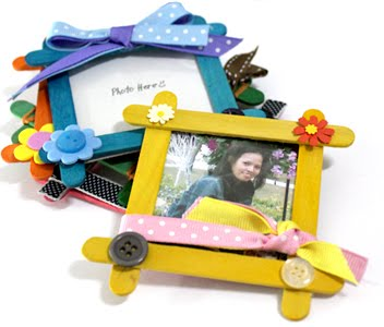 Grace in creative life popsicle stick frames for Popsicle picture frame crafts