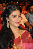 Shruti haasan new photos in saree-thumbnail-8